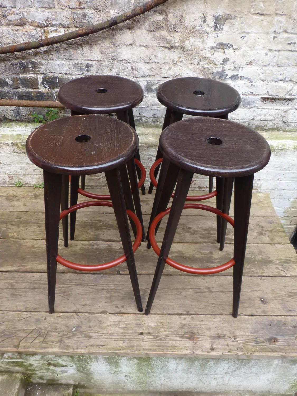Junk deluxe jean prouv tabouret haut bar stools - Tabouret jean prouve ...